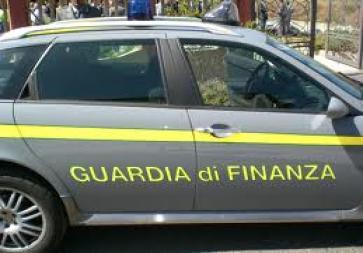 Scoperto supermercato evasore totale, occultati al fisco oltre 1,7 milioni di euro