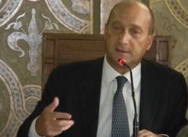 Foti (FI): Soluzione Alitalia è un'offesa. Risposte serie o via da Reggio