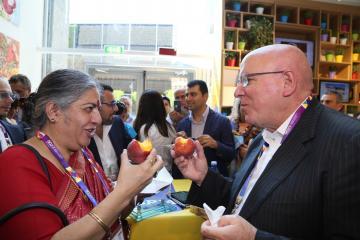 La Regione Calabria ha portato Vandana Shiva all'Expo2015