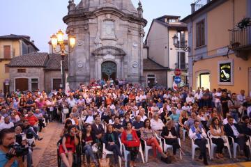 Oliverio a Serra San Bruno: �Lo sviluppo della Calabria deve partire dalle aree interne�