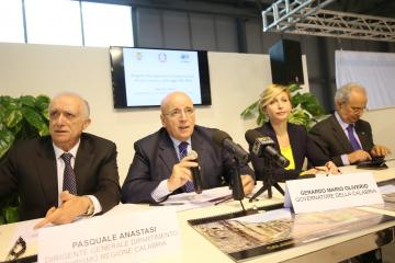 Oliverio alla Bit di Milano per la presentazione del rapporto sui dati dei flussi turistici in Calabria nel 2015