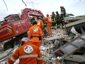 Terremoto,Oliverio mette a disposizione delle zone colpite uomini e mezzi della protezione civile