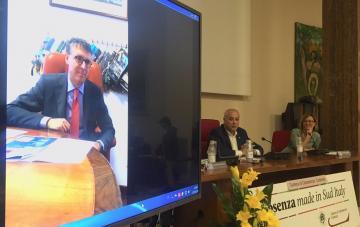 Raffaele Cantone: #opencameracosenza progetto innovativo e vincente