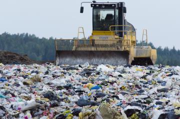 Arpacal, rifiuti: oltre il 67% dei Comuni calabresi ha inviato le schede per il Report annuale